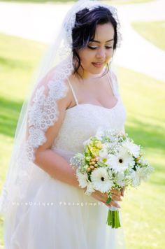 MoreUnique Photography Chino Hills Wedding Photographer Bridal Portrait with Bouquet Beautiful Veil  English Springs Park MoreUniquePhotography.com