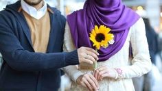 muslim hasbend flower gift to wife