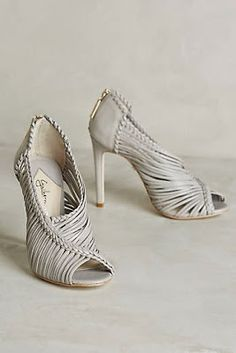 Live, Give, Love: Shoes  These are beautiful!!