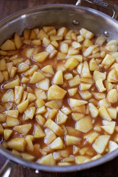 These sweet, tender stovetop cinnamon apples are the perfect side dish! And as a dessert Healthy Apple Desserts, Baked Apple Dessert, Apple Recipes Easy, Apple Dessert Recipes, Fruit Recipes, Fall Recipes, Cooking Recipes, Baked Apples Healthy, Thanksgiving Recipes