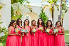 Those flowers are so colorful! Love the #bouquets for the #bridesmaids
