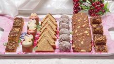 Sweet Desserts, No Bake Desserts, Small Cake, Christmas Cookies, Cake Recipes, Cooking Recipes, Favorite Recipes, Sweets, Vegan