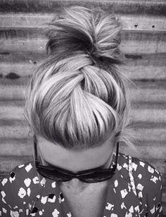 I wish my hair were thick enough to make a braid like this...