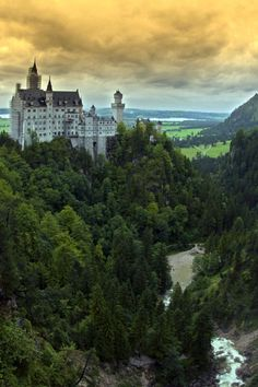 Neuschwanstein Castle / by Beata Bernat