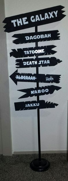 Star wars road sign. Made with an old lamp, scrap wood and vinyl lettering