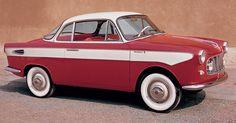 """Giovanni Moretti - 1958 Il motore è dietro  La carrozzeria della Moretti """"750 Tour du Monde"""" coupé (motore anteriore) era disponibile anche su base meccanica Fiat """"600""""."""