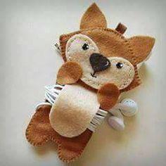 Crafts To Do, Felt Crafts, Craft Projects, Sewing Projects, Crafts For Kids, Arts And Crafts, Children Crafts, Felt Phone, Felt Coasters