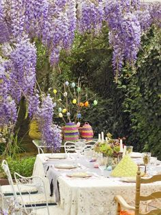 Wisteria-Canopied Easter Brunch.