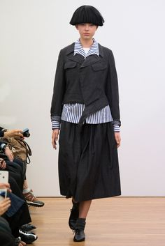 Comme des Garçons Comme des Garçons Spring 2015 Ready-to-Wear - Collection - Gallery - Style.com  http://www.style.com/slideshows/fashion-shows/spring-2015-ready-to-wear/comme-des-garcons-comme-des-garcons/collection/4