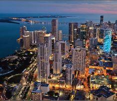 All eyes on Downtown Miami by night #BOELMiami