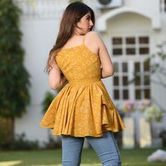 Summers Cotton Top Source by bhomikchaudhari clothes indian Frock Fashion, Indian Fashion Dresses, Dress Indian Style, Indian Designer Outfits, Fashion Outfits, Designer Dresses, Short Kurti Designs, Simple Kurta Designs, Kurta Designs Women