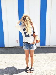 """Blogger Laura from """"Ascot Friday""""   Shirt & shorts (Free People). Sandals (Birkenstock). Sunnies (Ray-Ban)."""