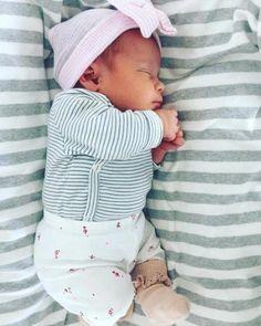 oh sweet baby - Windel winnie - Baby So Cute Baby, Baby Kind, Cute Baby Clothes, Baby Love, Cute Kids, Cute Babies, Baby Baby, Cute Baby Pictures, Everything Baby