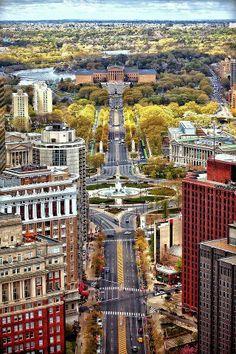 The Millionairess of Pennsylvania:  Philadelphia Art Museum and Parkway aerial view, Pennsylvania