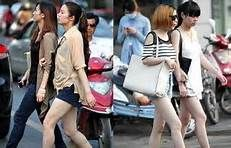 chinese tourists behavior - 必应 images