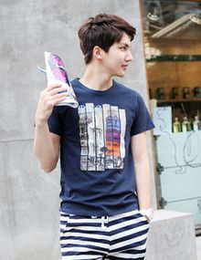 Korean Fashion, Mens Tops, T Shirt, Design, K Fashion, Supreme T Shirt, Tee Shirt, Korea Fashion