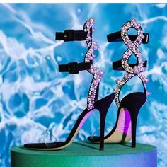 "526 Likes, 4 Comments - Majid king(Official Account ) (@_majid_king) on Instagram: ""FANTASTIC SHOES #_Majid_King #@artartartartarta #fashion #womensfashion #dress #makeup #shoes…"""