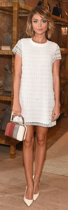 Who made Sarah Hyland's white lace short sleeve dress?