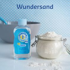 Basteln Mix 1 part baby oil and 8 parts flour . gives wonderful sand for molding - Infant Activities, Activities For Kids, Diy For Kids, Crafts For Kids, Origami, Creative Kids, Baby Feeding, Craft Tutorials, Kids And Parenting