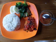 Ayam panggang sekidang garden cafe banyuwangi
