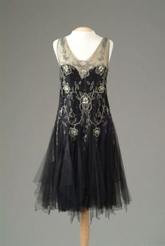 Gown of black netting with seed pearl and rhinestone embroidery in a floral design on the bodice ca. 1926 via The Meadow Brook Hall Historic Costume Collection (via omgthatdress:) 20s Fashion, Moda Fashion, Art Deco Fashion, Fashion History, Vintage Fashion, Retro Fashion, Victorian Fashion, Vestidos Vintage, Vintage Gowns