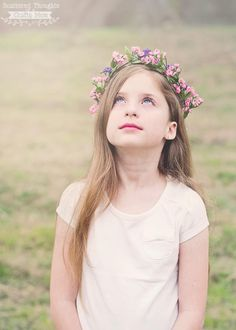 Spring is here!) Time to get outside and play and maybe take some family pictures. Today, I'm sharing the tutorial on how to make a floral crown! Crown Photos, Diy Crown, Spring Is Here, Floral Crown, Diy Tutorial, Flower Girl Dresses, Beads, Wedding Dresses, Flowers