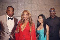 Beyonce, Jay Z and Nicki Minaj pose before Mayweather VS Pacquiao fight.