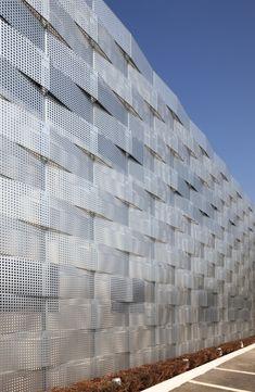 Edogawa Garage Club Renovation / Jun'ichi Ito Architect & Associates – ArchDaily Folded, perforated, metal
