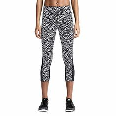 Nike Womens Epic Lux Printed 34 Length Tights Large    Want to know more c7e0cc72e