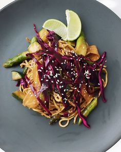 Wok with red curry, asparagus,  ginger & red cabbage