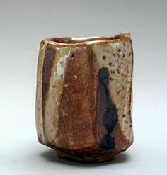 Ceramics Ideas, Chawan, Tea Bowls, Brutalist, Pottery Art, Cups, Crafts, Mugs, Manualidades