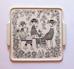 Emilia by Raija Uosikkinen for Arabia Finland - photograph Ray Garrod Ceramic Plates, Ceramic Pottery, Square Tray, Large Plates, Pottery Designs, China Painting, Elegant Homes, China Porcelain, Finland