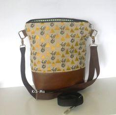 Schultertaschen - Tasche Beutel Wolf unterm Apfelbaum - ein Designerstück von…