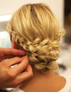 How to create the braided chignon spotted at Monique Lhuillier, fall from Popsugar Beauty Indian Wedding Hairstyles, Up Hairstyles, Pretty Hairstyles, Braided Hairstyles, Bridal Hairstyle, Bridal Braids, Amazing Hairstyles, Hairstyle Braid, Bun Updo
