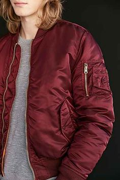 Alpha Industries X UO Slim-Fit MA1 Bomber Jacket - Urban Outfitters