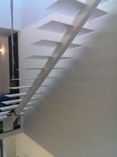 a Long Beach, NewJersey. Mod. 200 #interbau con centro-trave con e parapetti in acciaio inox, mentre i gradini verranno rivestiti in legno.  #miami #longbeach #usa #design #madeinitaly