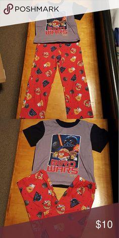 Angry birds short sleeve pajama set Boys pajama set. Angry birds star wars. No rips or stains. Comes from pet free, smoke free home. Pajamas Pajama Sets