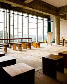 Convent of La Tourette by Le Corbusier, Eveux, France. Photograph by Samuel Ludwig. Le Corbusier Architecture, Space Architecture, Architecture Details, Chinese Architecture, Futuristic Architecture, Building Architecture, Sustainable Architecture, Residential Architecture, Villa Savoye