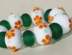 Lampwork Glass Beads Set of 15  White Green от GlassNatalyaDarlin