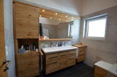 Badezimmer Ideen für Ihr zu Hause.  Bad Möbel in Eiche- Echtholz. Wellness, Double Vanity, Bathroom, Bathroom Counter Storage, Oak Tree, Bathing, House, Washroom, Bath Room