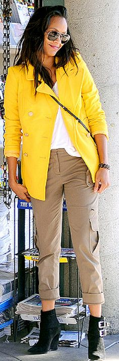 Who Made Zoe Saldana S Yellow Coat Fever