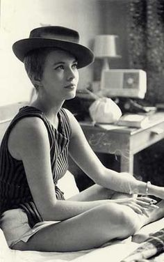 jean seberg, smoking, breton, hat, breathless, a bout de souffle