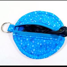 Zippered earbud pouch made using the awesome tutorial on Www.erinerickson.com