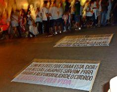 vigília em homenagem ás vítimas , em Santa Maria/RS
