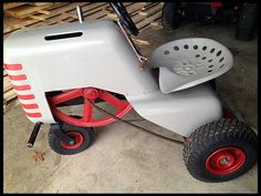 S52 1953 Sears Lawn Tractor @Jill Parsons - this is so cute!  I want!