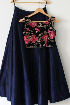 Indian Designer Navy Blue Plain Lehenga with stitched floral embroidery Choli Plain Lehenga, Red Lehenga, Lehenga Choli, Navy Blue Lehenga, Bridal Lehenga, Anarkali, Lehenga Designs, Saree Blouse Designs, Indian Attire