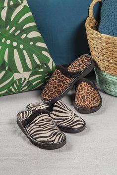 Baba animal print slippers   Moshulu