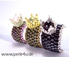 Royal crown beaded rings! chique!  FREE detailed instructions with photos & bilingual German and English text