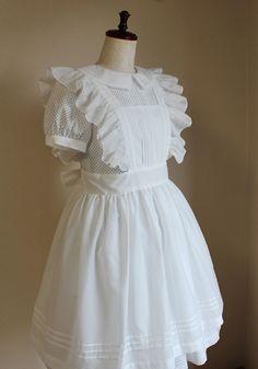 hakucho-sha apron dress