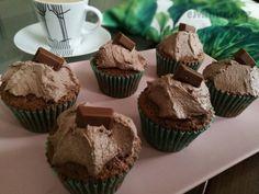 eMimino.cz - Detail fotky Muffin, Detail, Breakfast, Food, Bulgur, Morning Coffee, Essen, Muffins, Meals
